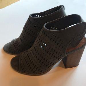 Indigo Road gray blue peep toe sling back sandal